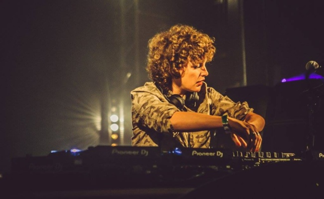 best female dj Annie Mac