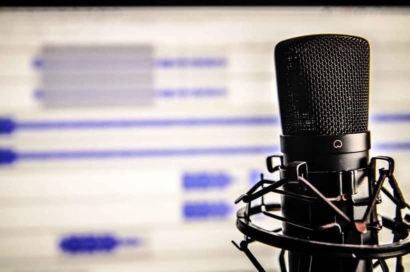8 Best Microphone For Recording Vocals [2020]