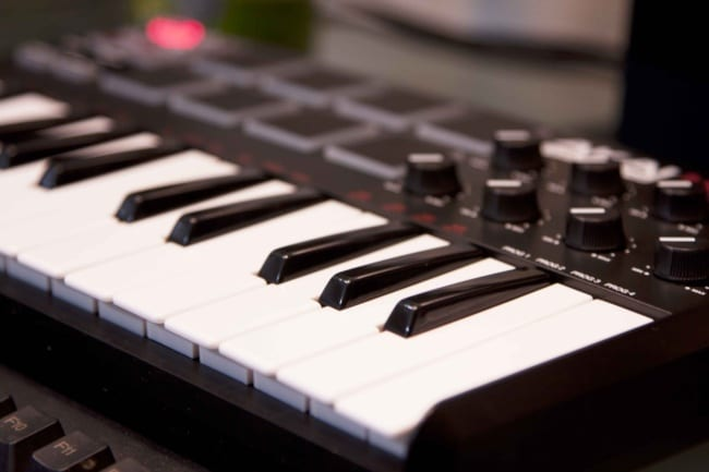 the best cheap midi keyboard