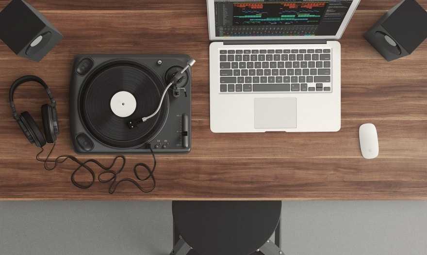 10 Gifts for Music Producers And Music Lovers