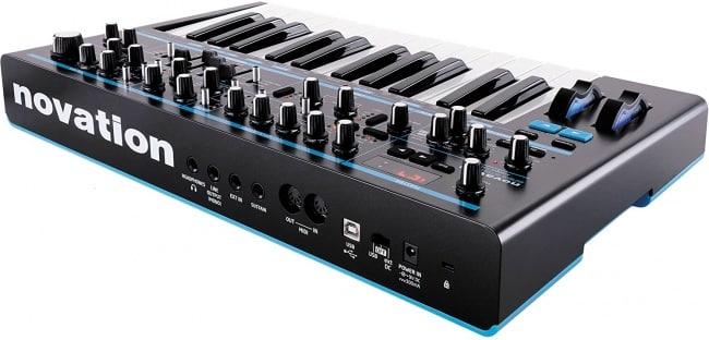 Novation Bass Station II Monophonic Analog Synthesizer Bundle