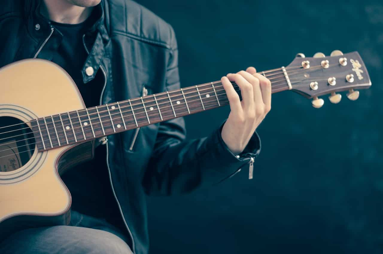 The Best Acoustic Guitars under $500 [2020 Reviews]