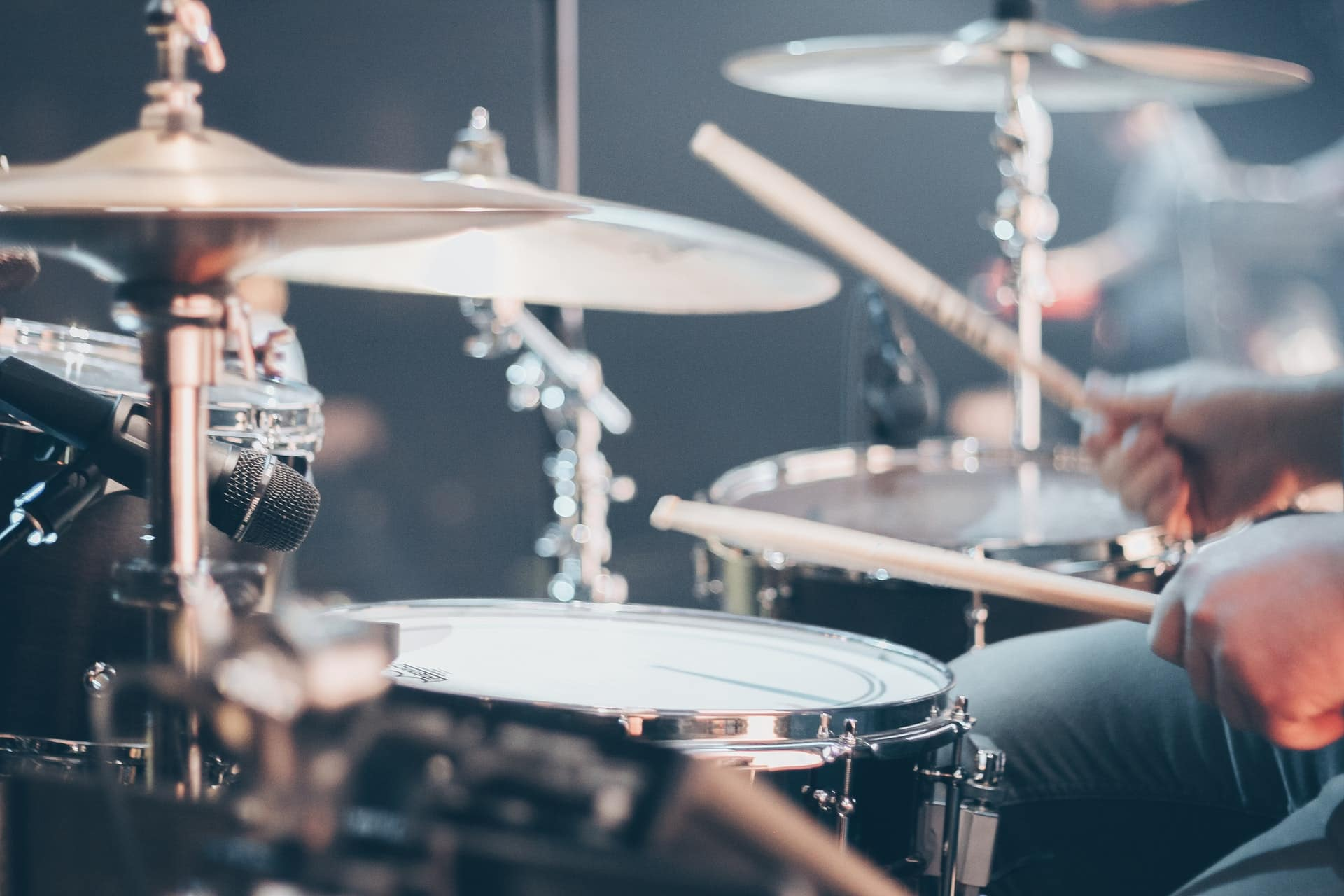 The Best Beginner Drum Set [2020 Guide & Reviews]