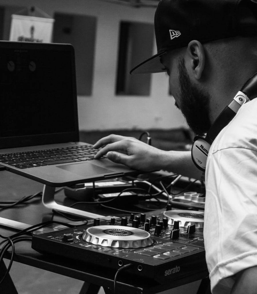 The best DJ laptop stand for your DJ setup