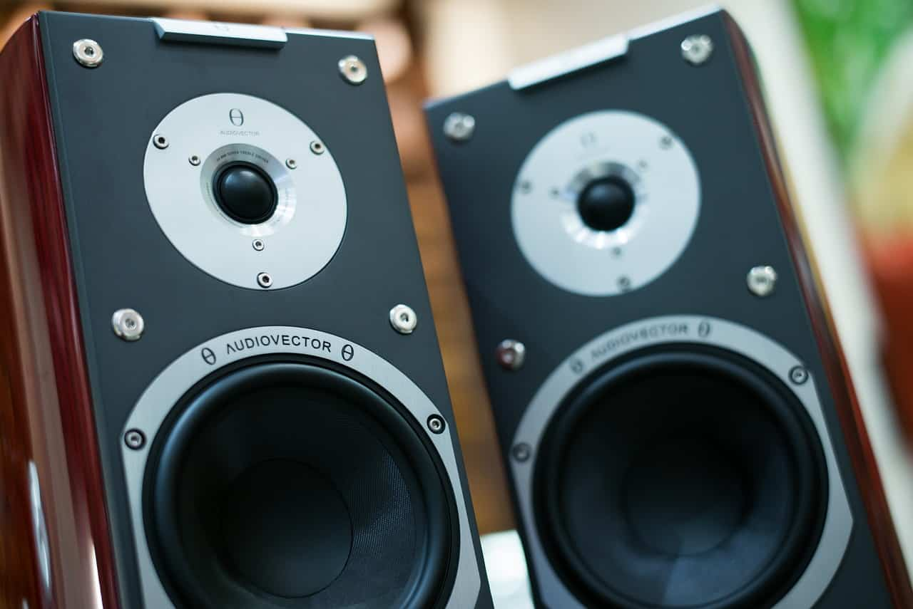 The Best Bookshelf Speakers under $200