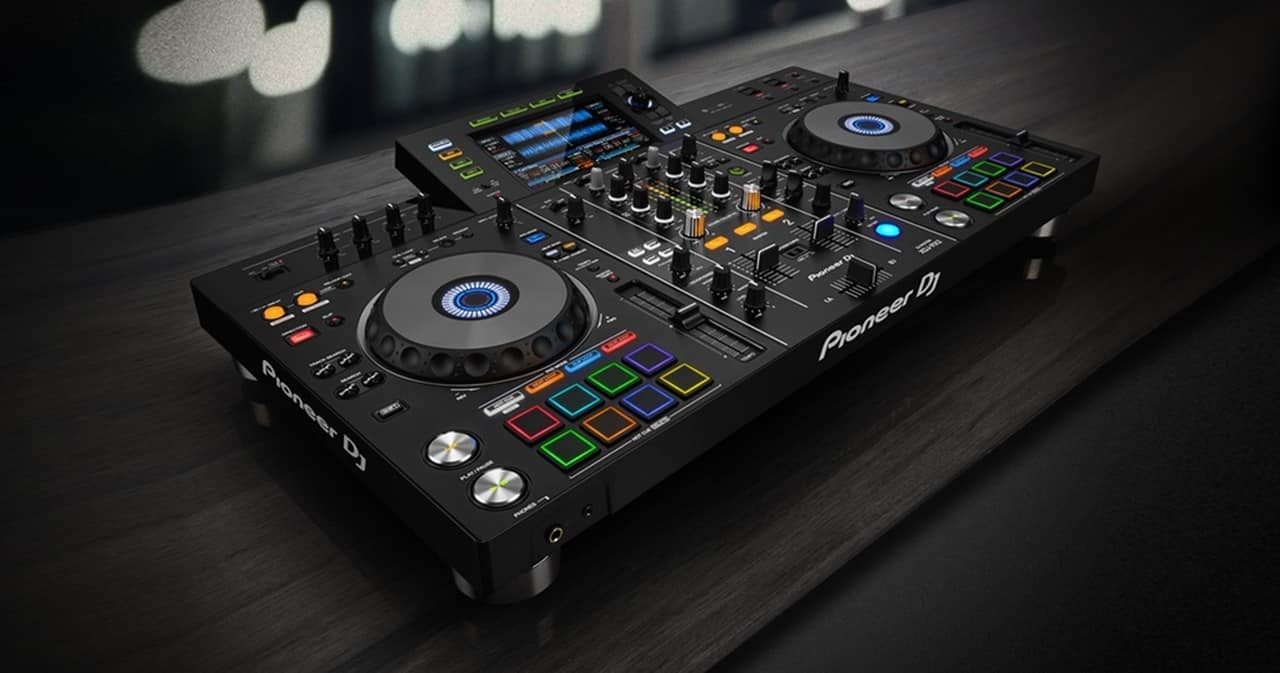 Pioneer DJ XDJ-RX2 Review The Club Standard DJ controller
