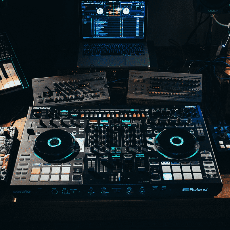 Roland DJ 505 / 707m / 808 DJ Controller – Series Review