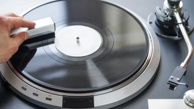 clean and maintain your vinyl records