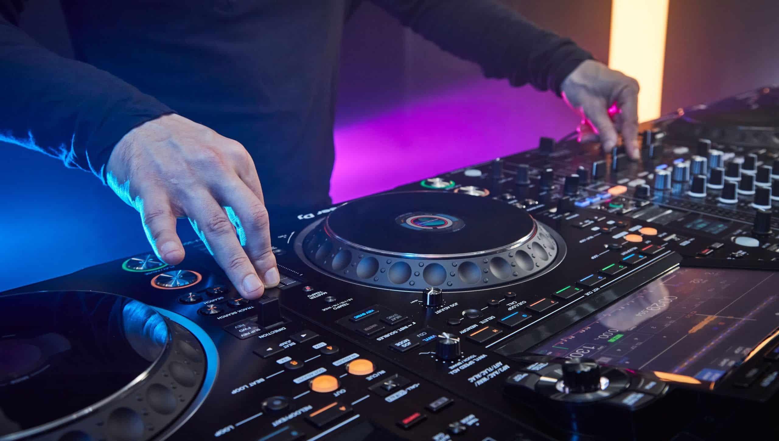 Pioneer CDJ-3000 Professional DJ Player Review